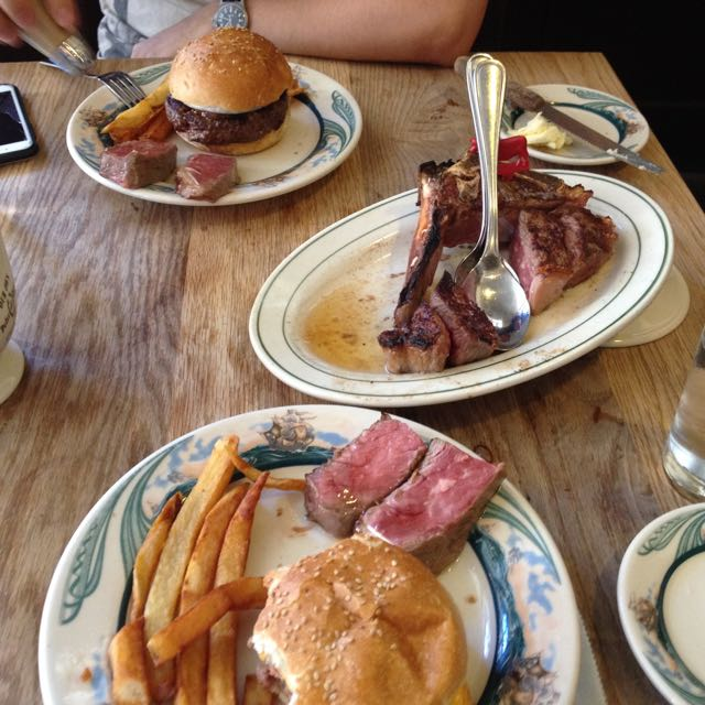 Peter Luger Steak House NYC sq